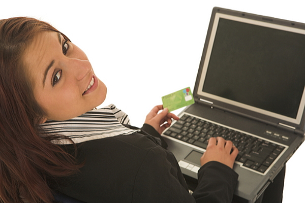クレジットカード決済をスマートフォンで可能なサービス一覧