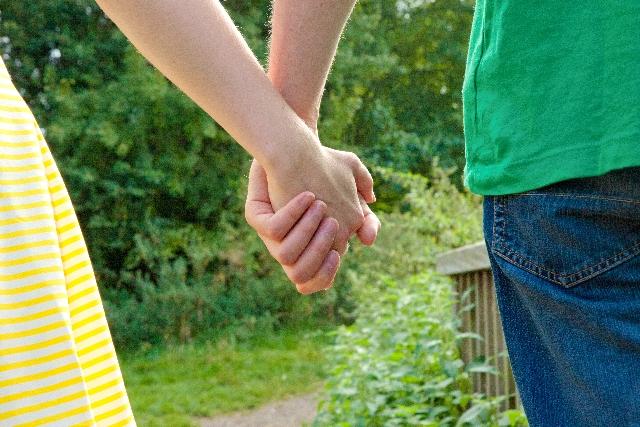 手汗治したい!手汗対策・手の汗止める方法を紹介
